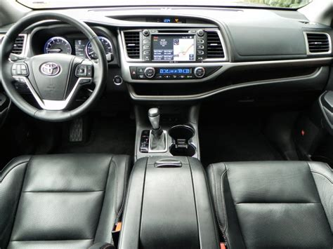 2015 Toyota Highlander Interior 2015 Toyota Highlander Is Family Oriented Excellence