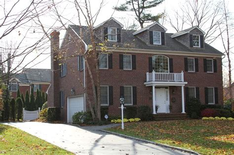 colonial brick homes brick colonial house homes pinterest bricks house