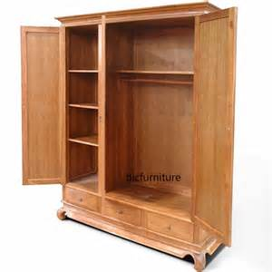 Buy Wooden Wardrobe Finding The Right Wooden Wardrobe For Your House