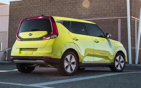 Mazda Ev 2020 by Comparison Mazda Cx 5 Grand Touring 2019 Vs Kia Soul