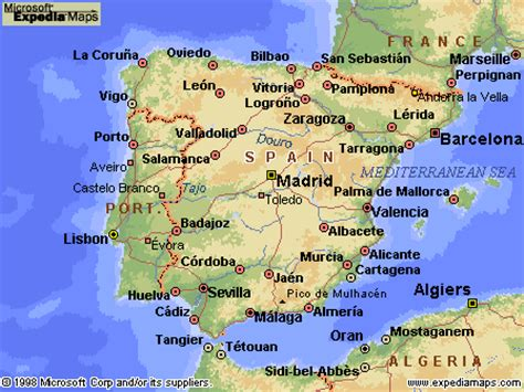 spain map travel and tourist information, flight