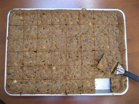 toll house cookie bars bar cookies for a crowd recipe tip epicuricloud