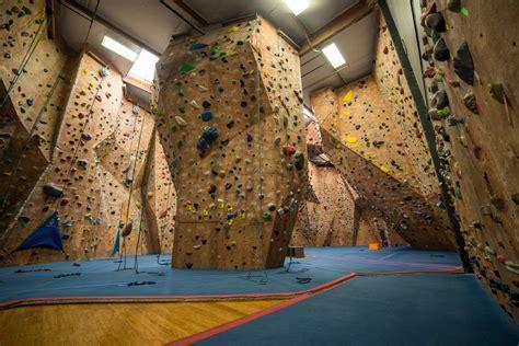 best indoor rock climbing best indoor rock climbing in orange county 171 cbs los angeles