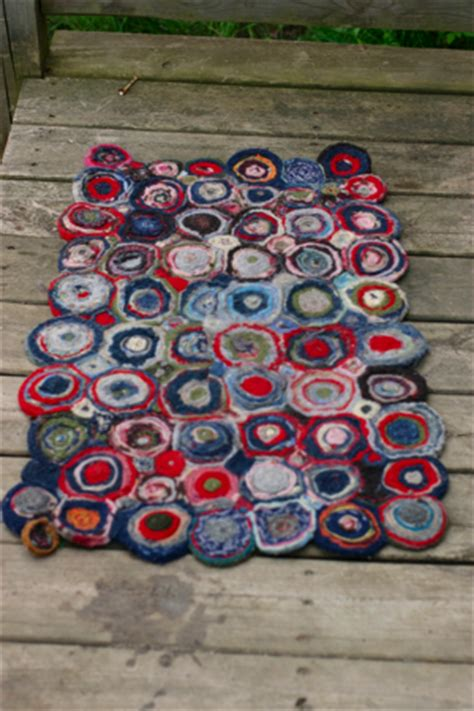 make a felt rug felt your sweaters make this rug paper piecing workshop recap etc etc craftsanity a