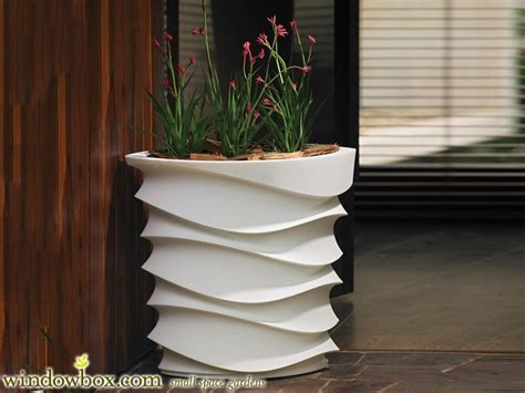 Fiberglass Planters Uk by Expressions Planter And Resin