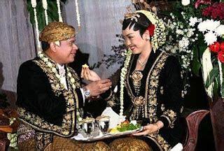 Filosofi Baju Adat Jawa Barat gema budaya tata rias busana pengantin