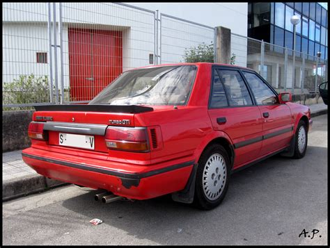 1990 Nissan Bluebird Photos Informations Articles