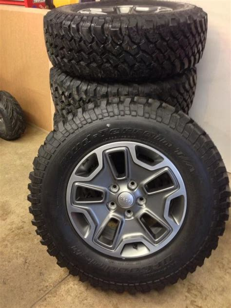 jeep wheels and tires 2013 jeep wrangler rubicon wheels and tires 5 jeeps