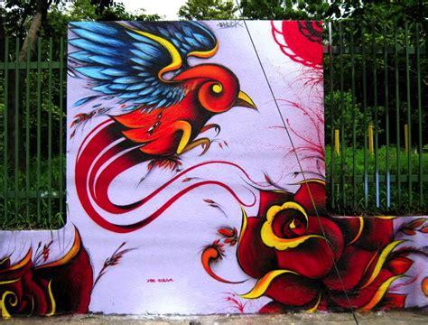 imagenes de rosas en graffiti graffitis de rosas arte con graffiti