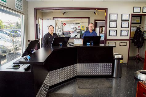 Service Desk Officer Shop Photos Best Japanese Auto Repair Service In Northridge And Woodland