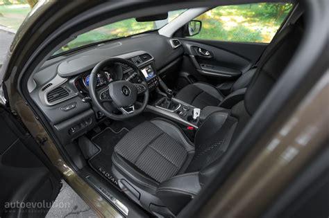 renault kadjar automatic interior 2015 renault kadjar review autoevolution