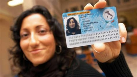 carta di soggiorno italiana carta d identit 224 elettronica tutto quello che c 232 da