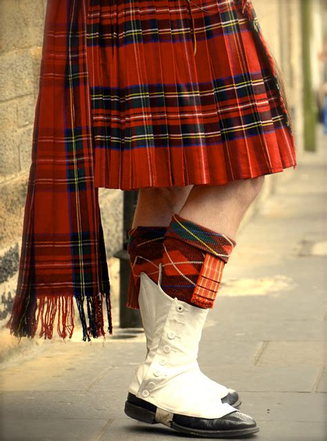 scottish colors colors of traditional scottish kilt the kilt is a knee
