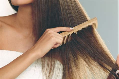 what hair product to use in comb wooden combs are great for your hair beauty hacked