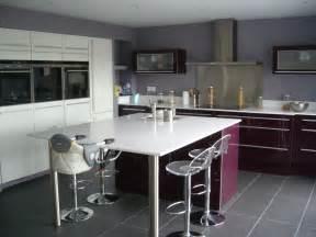 plan central cuisine cuisine ouverte haute de gamme plan de travail et ilot
