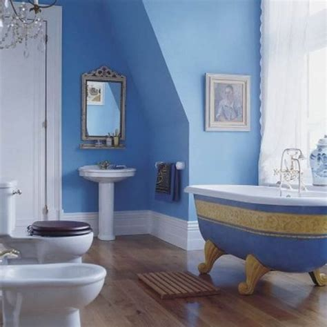 contoh design bilik air moden bernuansa biru menyegarkan