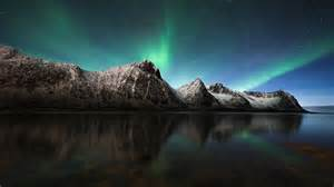 Aurora borealis northern lights iceland wallpapers hd wallpapers