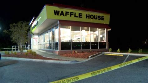 waffle house murder waffle house waitress shot killed after asking customer not to smoke wgn tv