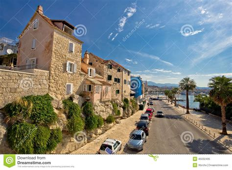 Split Houses by Split Houses On The Rock Stock Photo Image 45032495