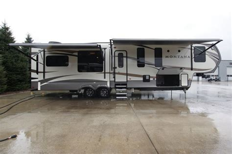 5th wheel awnings 98 best images about montana 5th wheel by keystone rv on