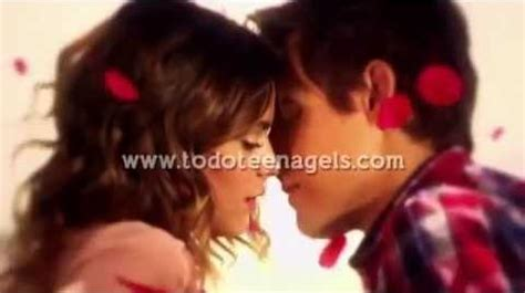 imagenes de leones besandose video violetta 2 leon y vilu se besan episodio 15