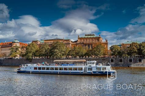 boat cruise lunch lunch cruise prague boats cz