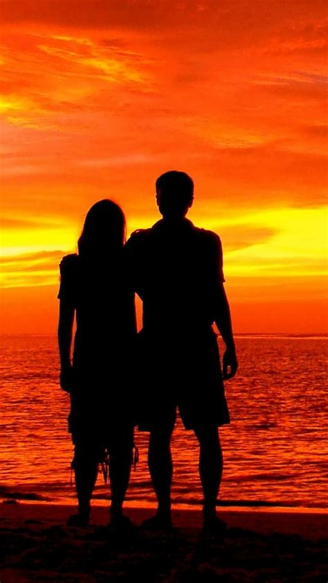 wallpaper couple silhouette romantic beach sunset