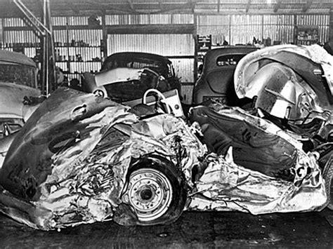 James Dean Porsche Crash by Haunting Photographs From James Dean S Fatal Car Wreck In