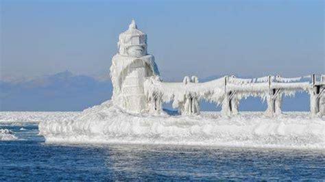el faro de dalatangi 8494683306 youtube vuelo sobre el faro de saint joseph congelado en el lago michigan noticias de youtube
