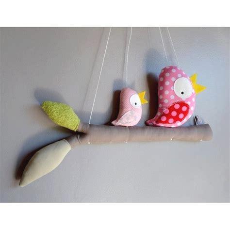 mobile chambre enfant mobile fait avec des oiseaux perch 233 s sur leur