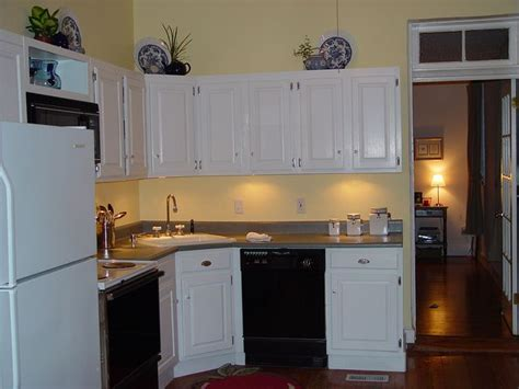 gripper primer kitchen cabinets gripper primer kitchen cabinets diy kitchen makeover how