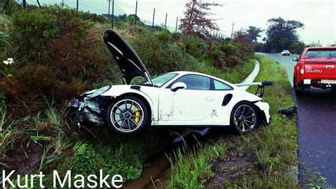 Porsche 911 Accident by Porsche 911 Gt3 Rs Pdk Has Brutal Crash In South Africa