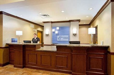 holiday inn front desk uniform front desk picture of holiday inn express hotel suites
