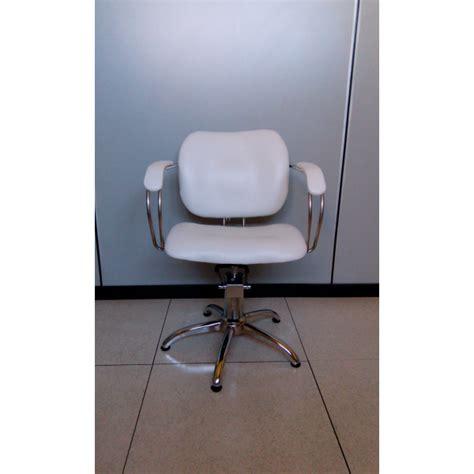 poltrone da parrucchiere usate vendita poltrona professionale salone parrucchiere