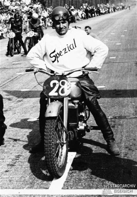 Leichtes Motorrad 250ccm by Rennkollektiv Wiki W311 Info