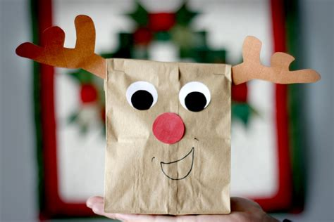 Paper Bag Reindeer Craft - last minute gifts for and adults craft buds