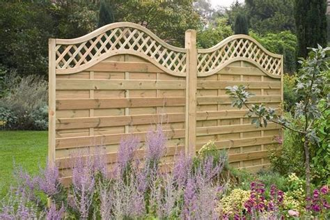 Decorative Fence Ideas by Stunning Decorative Fence Ideas For Patio