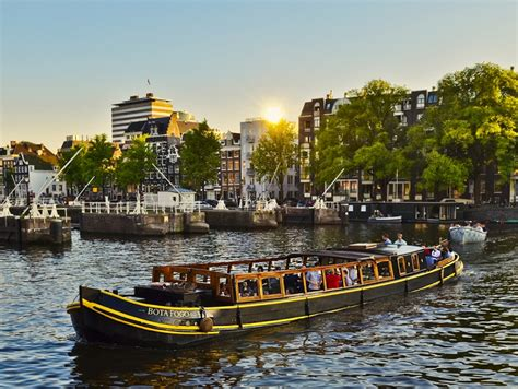 rent a house boat in amsterdam amsterdam boats for rent amsterdam info