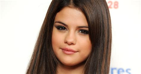 biography facts about selena gomez selena gomez selena gomez biography