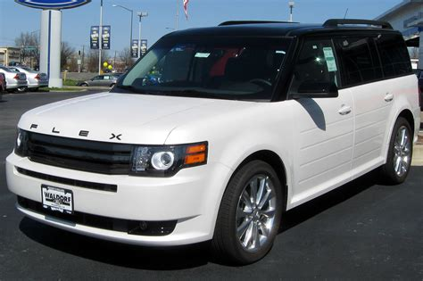 file 2012 ford flex titanium 03 14 2012 jpg wikimedia commons