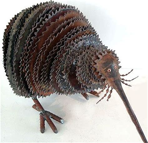 corrugated iron animal sculpture........click here to
