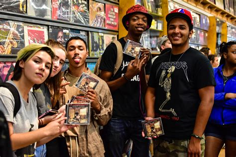 Records Milwaukee Vic Mensa Cd Signing Reckless Records Milwaukee Why Not