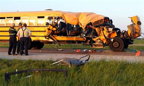 More than a dozen students hurt in bus crash near