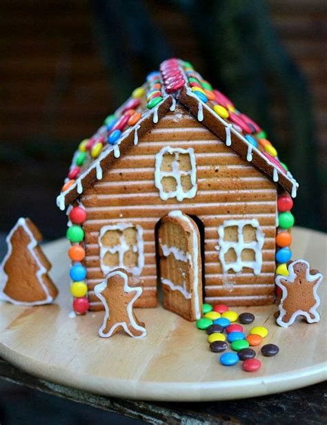 cool gingerbread house designs 24 charmingly cute gingerbread house ideas total survival