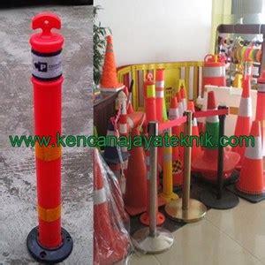 Pembatas Keamanan Jalan Kendaraan by Jual Rubber Stick Cone Delineator Pembatas Parkir