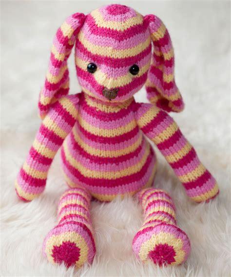 free rabbit knitting pattern uk hop along bunny knitting pattern