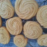 Monasari Butter Cookies With Syrup maple syrup butter cookies recipe by elenart cookpad