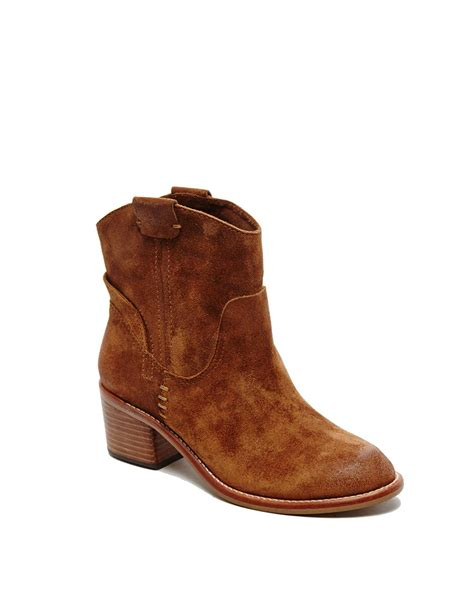 dolce vita shoes dolce vita grayden suede ankle boots in brown saddle lyst