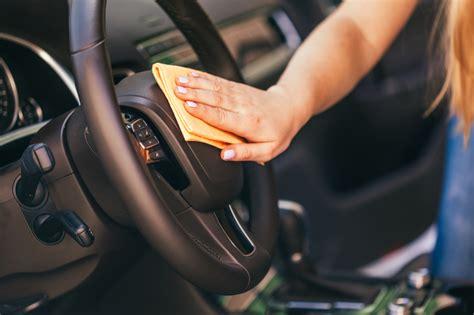 Feuchtigkeit Im Auto Geruch by Feuchtigkeit Schimmel Im Auto Was Tun Tipps 2016