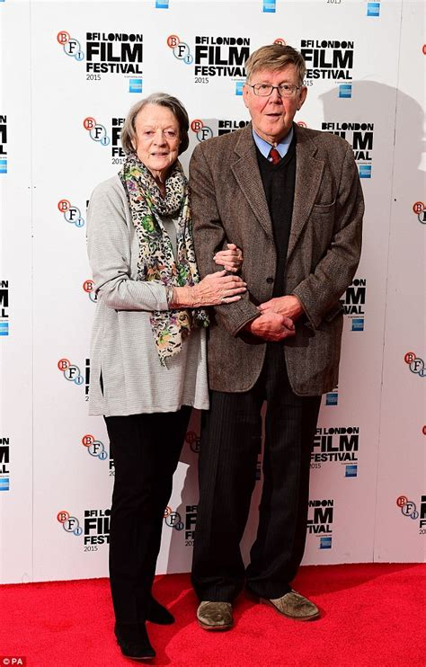 the real of the lady of the van in fame margaret fairchild dame maggie smith 80 attends photocall for new movie